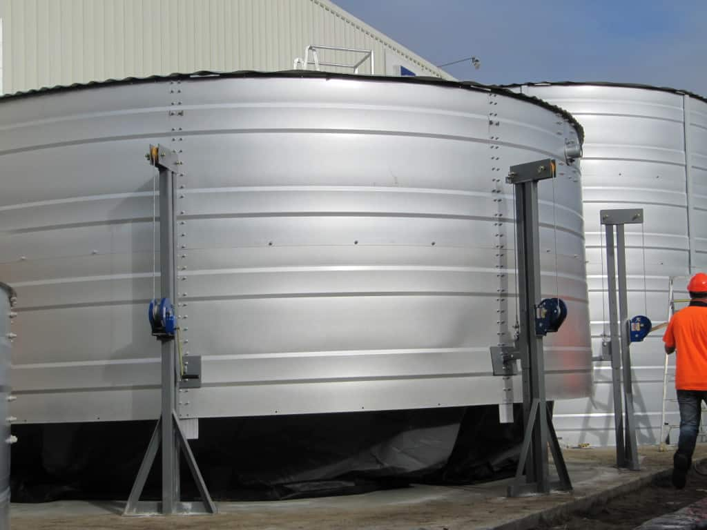 Water Tank Installation : Commercial water tank installation heritage tanks