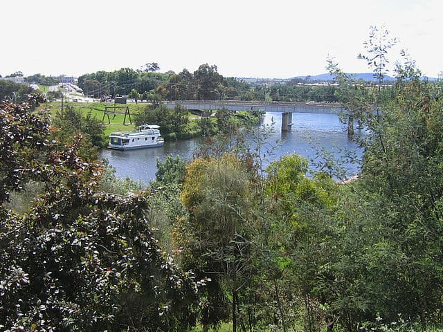 Road bridge over the Mitchell River, Bairnsdale, Victoria