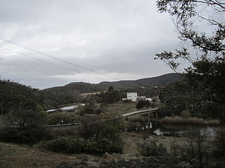 Bridge_across_Murrumbidgee_River,_Mittagang_Road,_near_Cooma,_NSW